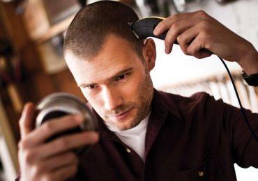 Cara Memotong Rambut Pendek Di Rumah, Petua Dari Tukang Gunting Rambut Profesional